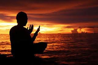 Ada Banyak Hal Bisa Menjadi Mudah Ketika Bersujud, Ada Banyak Harapan Mustahil Menjadi Mungkin Dengan Berdoa