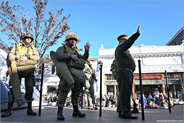 Regimiento de Infantería Paracaidista en el Desfile de Acción de Gracias