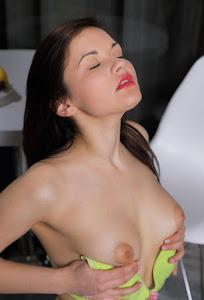 可爱的女孩 - sexy%2Bgirl%2Bdulcia%2B-%2B%2Bsexy%2Bnude%2Bclassic%2Bbut%2Boriginal%2B-%2B0008.jpg