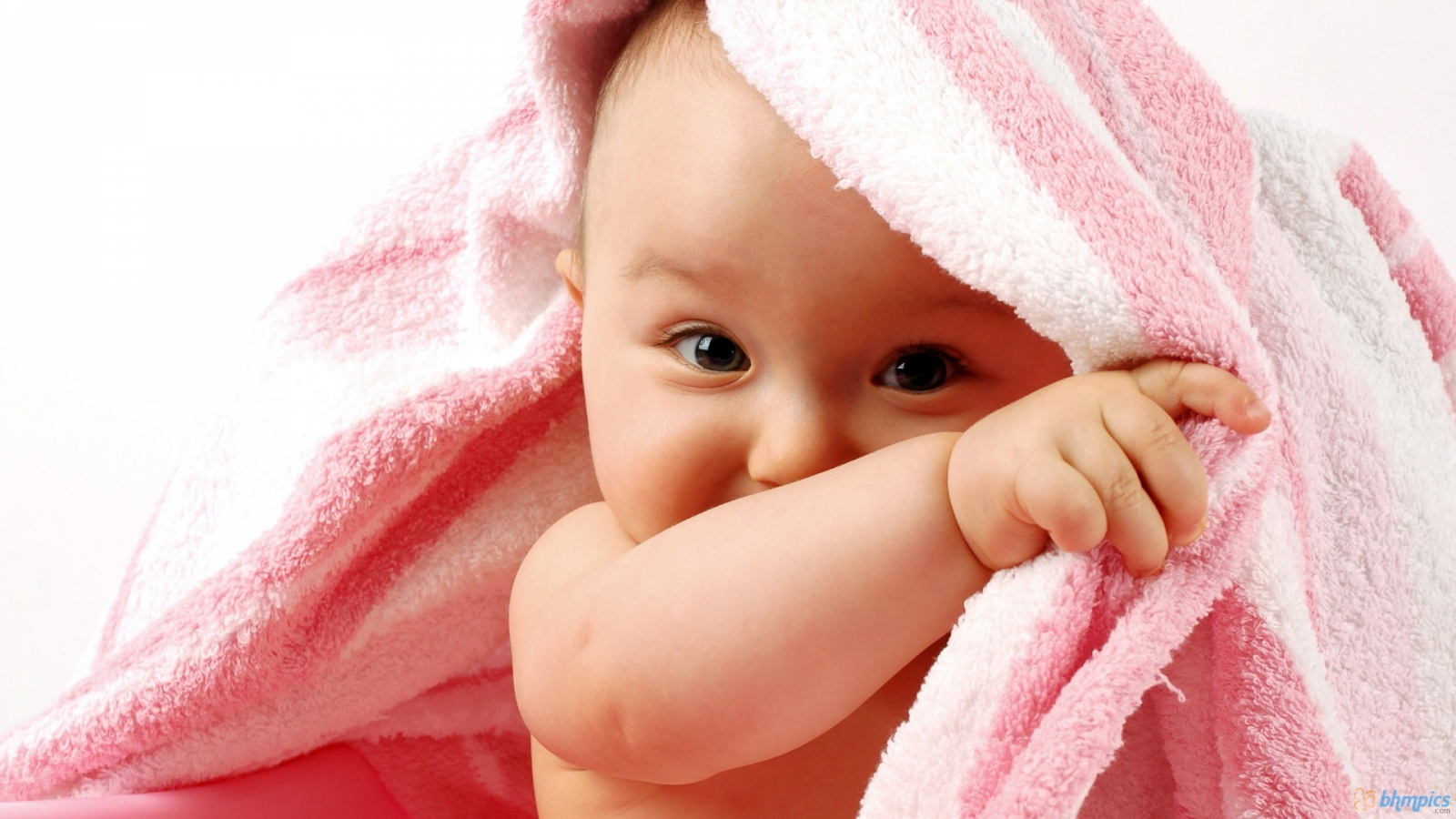 New Born Baby Wallpapers Cute Babies Wallpapers Amazing Wallpapers