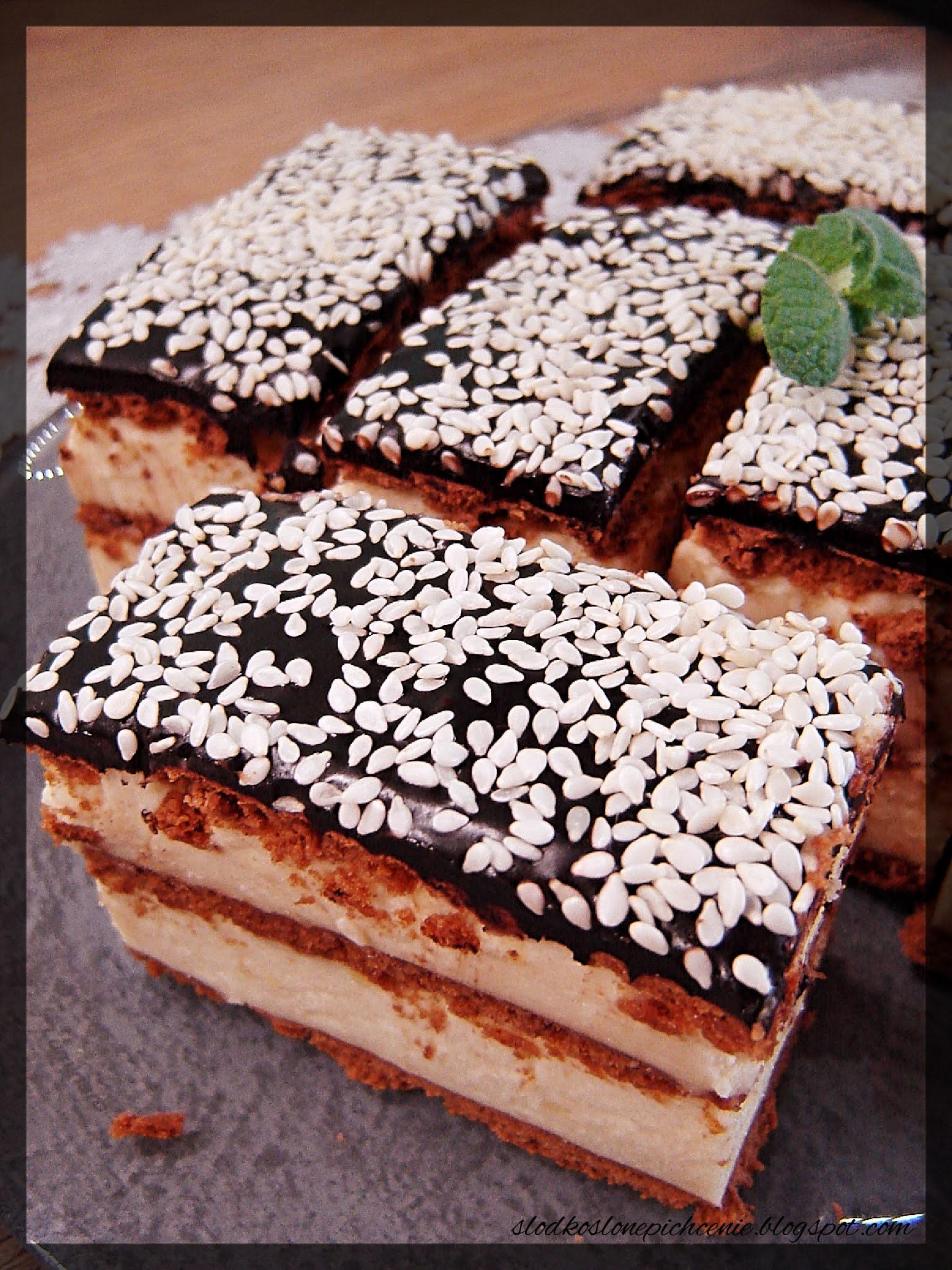 Ciasto z kremem chałwowym (bez pieczenia)
