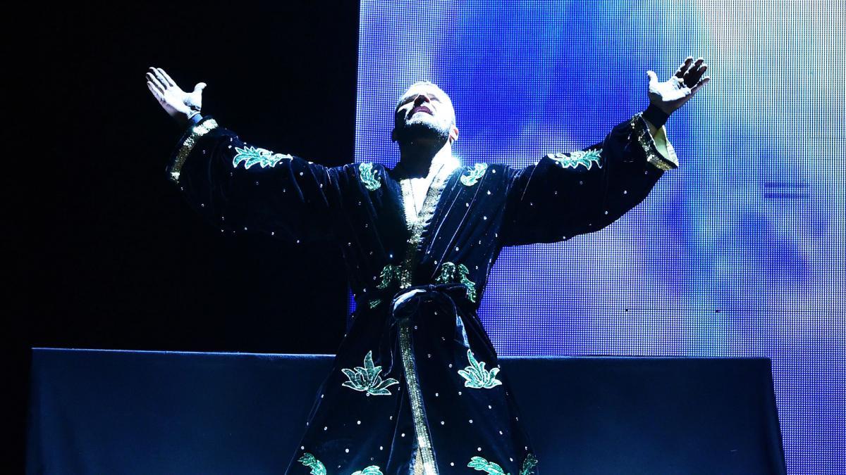 Esposa de Shawn Michaels avisou que as entradas longas no NXT davam tempo para que os fãs assistissem AEW