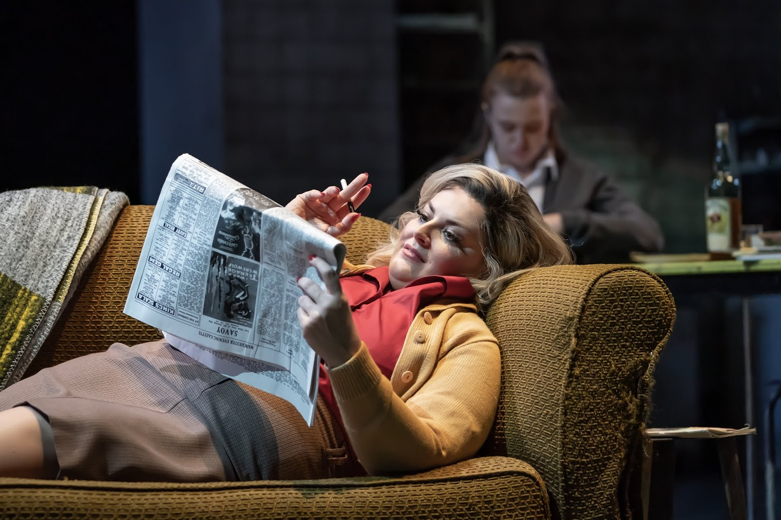 Jodie Prenger and Gemma Dobson in The National Theatre's A Taste Of Honey