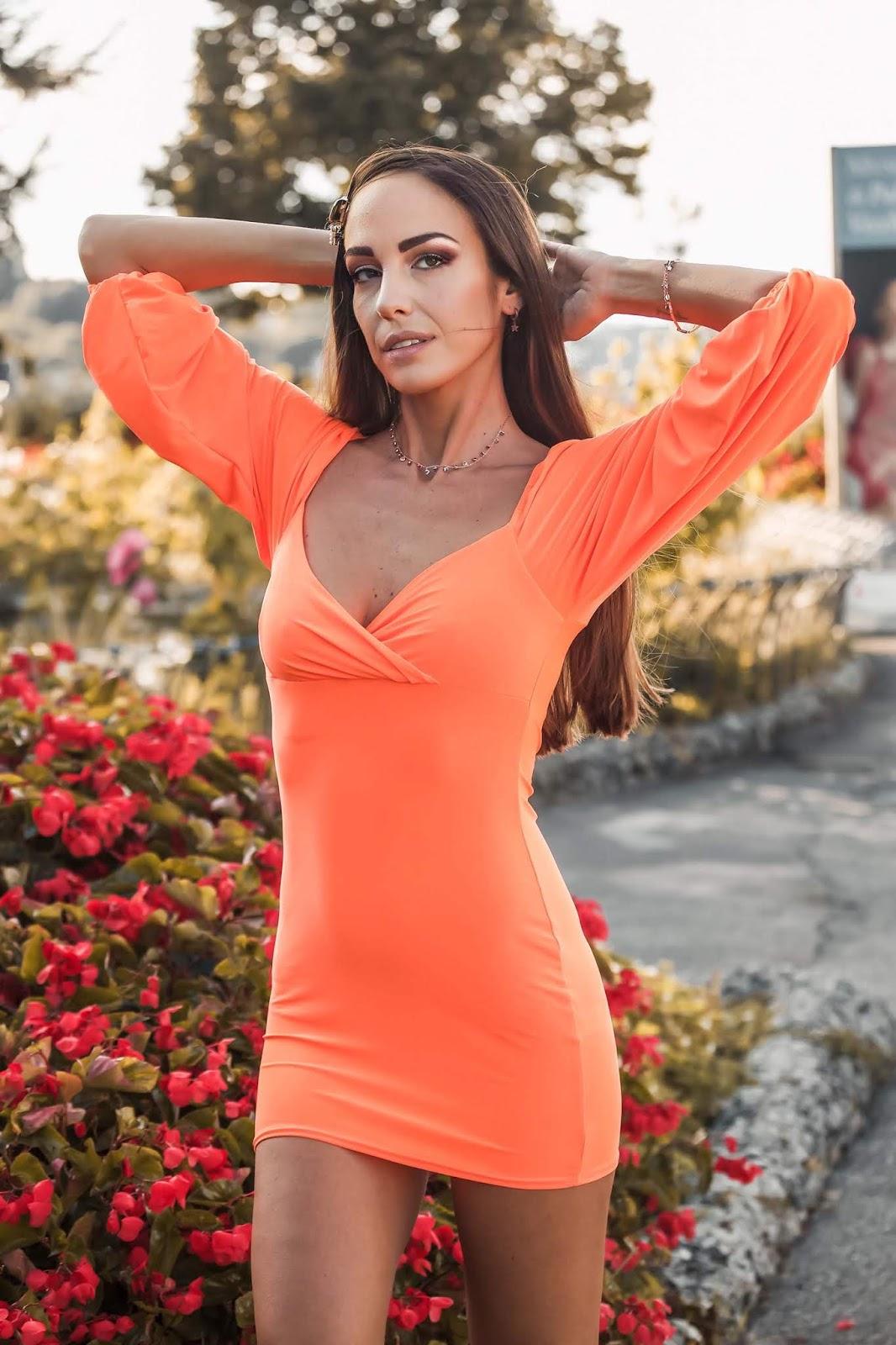 abito arancio neon