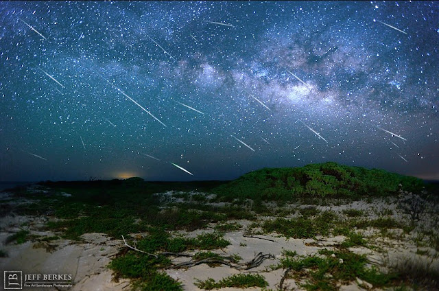 Eta Aquaridas - foto - Jeff Berkes