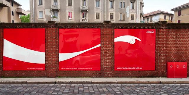 creativa-campaña-exterior-cocacola-reciclaje