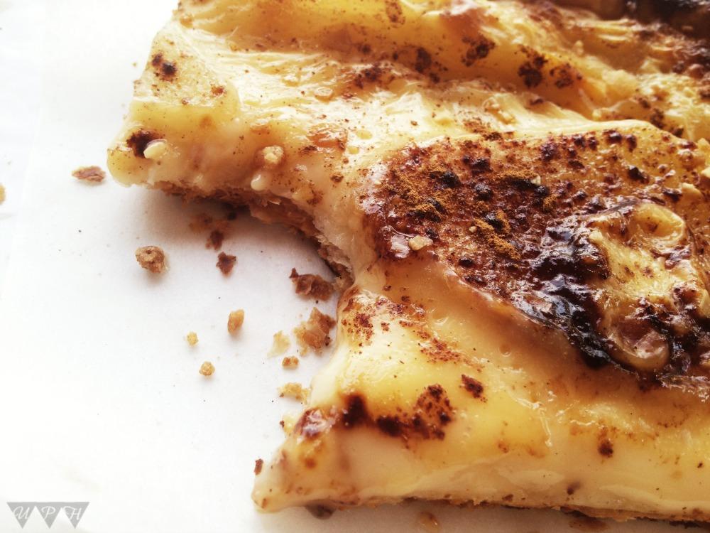 Tarta-hojaldre-peras-pasas-receta-casera