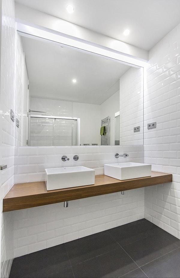 Renovation an Elegant And Light House 7