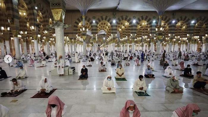 Meski Kasus Corona Terus Meningkat Arab Saudi Cabut Lockdown