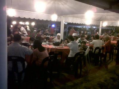 Restoran Island BBQ Steamboat