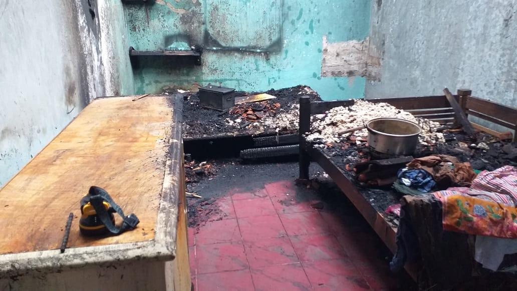 Api Lilin Menjalar, Kebakaran Rumah Terjadi di Prembun