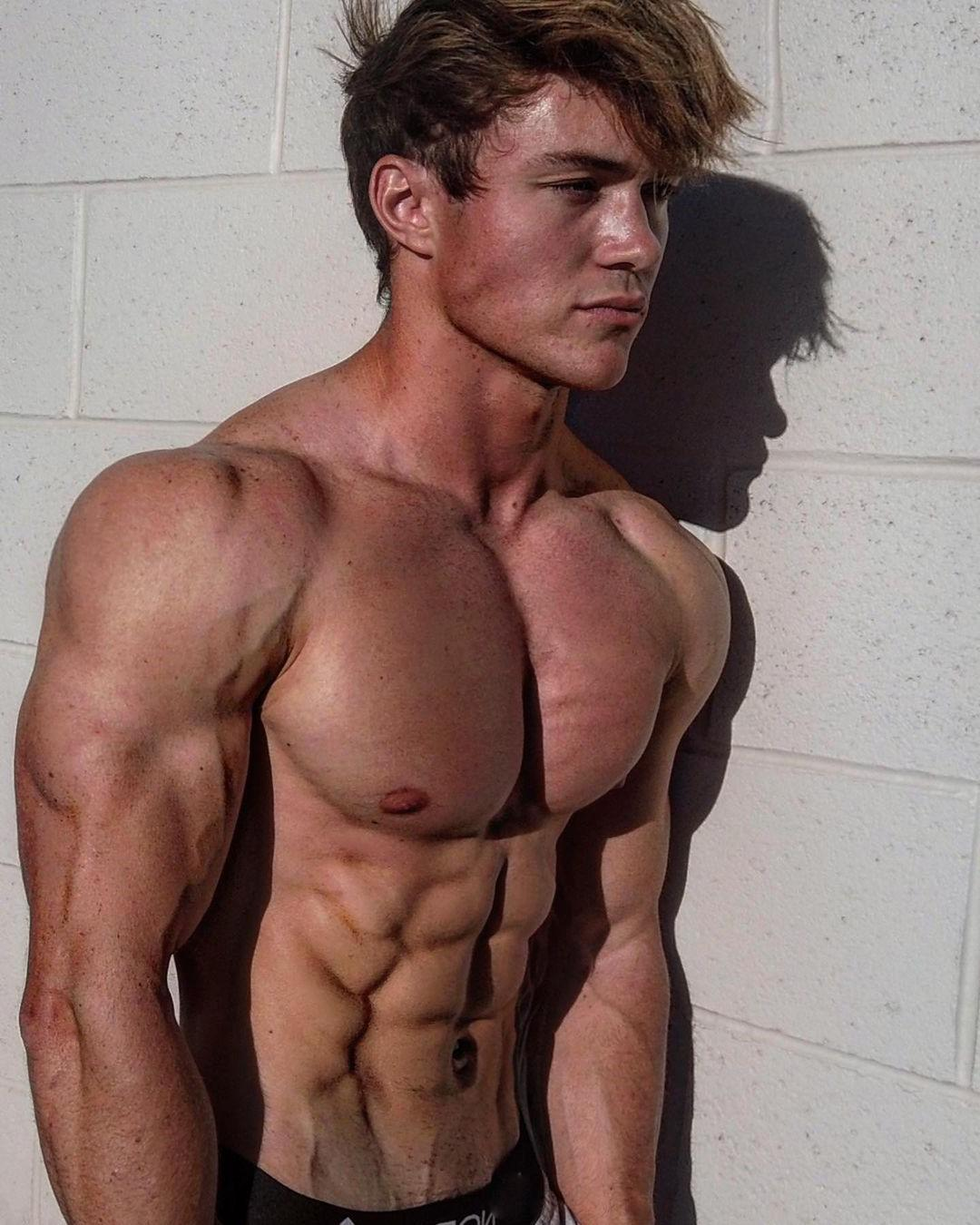 muscular-cute-boys-jason-bjarnson-strong-shirtless-fit-male-body
