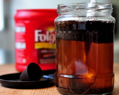 Coffee Concentrate for Cold-Brewed Coffee ♥ KitchenParade.com for smooth, low-acidity coffee, just brew coffee grounds in water overnight, then make iced coffee, hot coffee and even coffee smoothies. It's a summer saver!