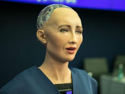 Robô Sophia é o primeiro da história a receber cidadania