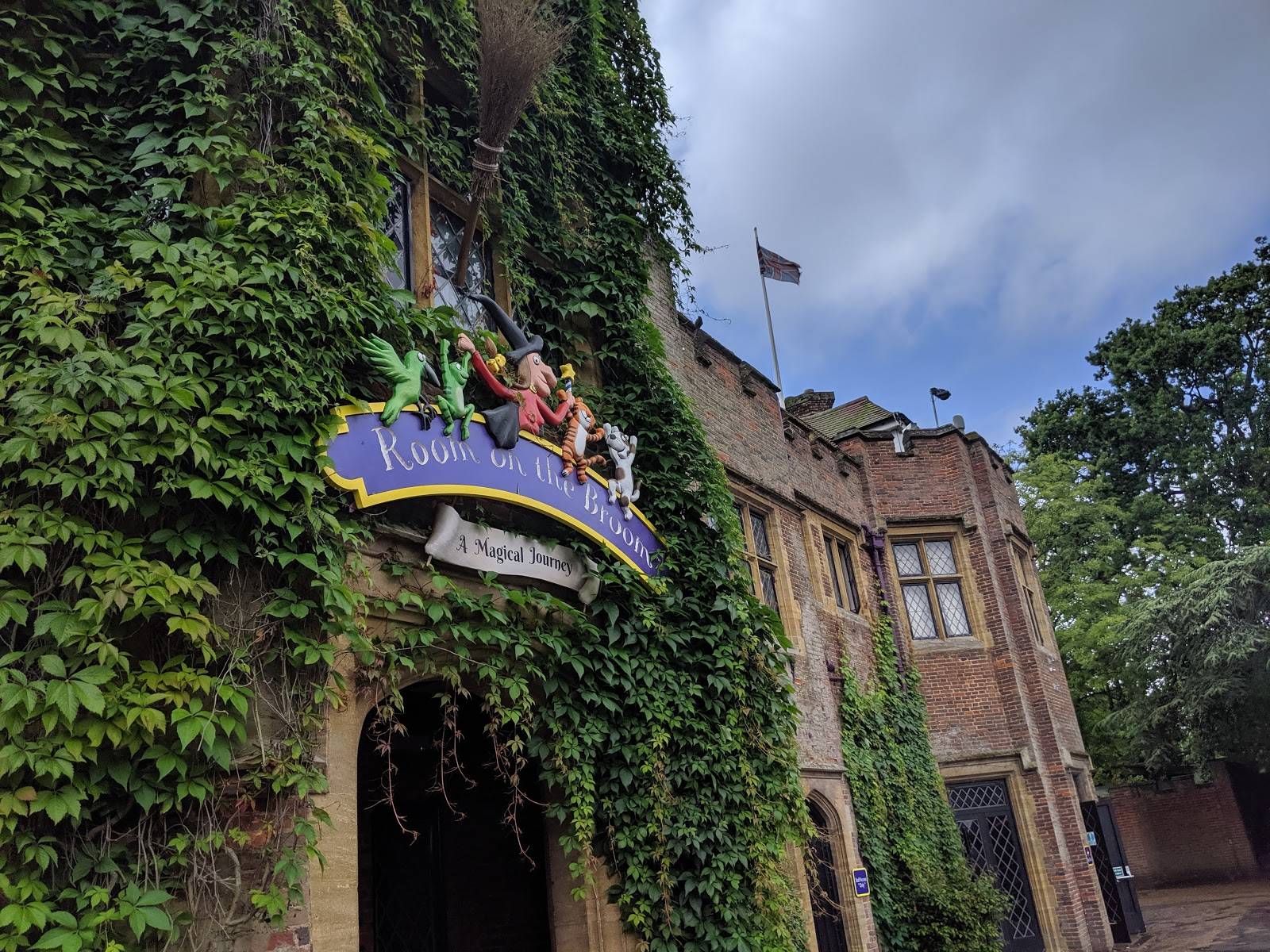 Exploring the Southern Merlin Theme Parks with Tweens  - room on the broom at Chessington