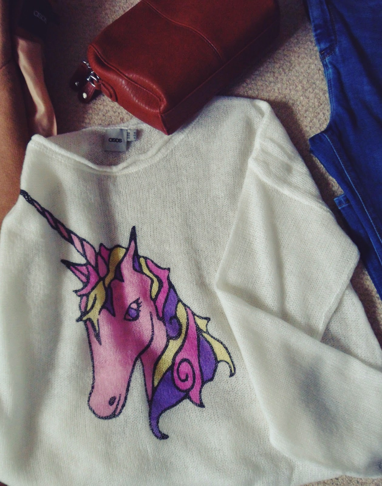 asos, asoshaul, asseenonme, haul, shopping, whatibought, wiw, whatimwearing, unicornjumper, camelcoat, boyfriendtee, asossale, fbloggers, fblogger, fashion, fashionhaul, fashionblogger, rippedjeans, instagram