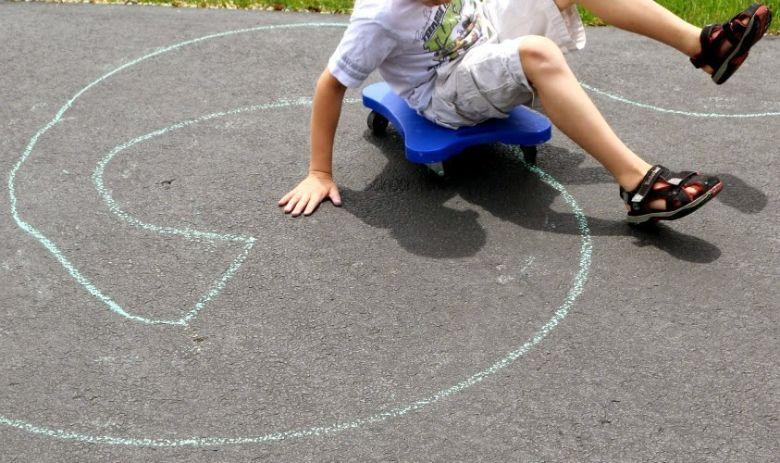 outdoor activities for kids - scooter maze