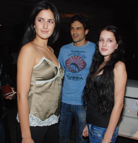 Berikut Katrina Kaifwith Her Husband, Artis Bollywood ...