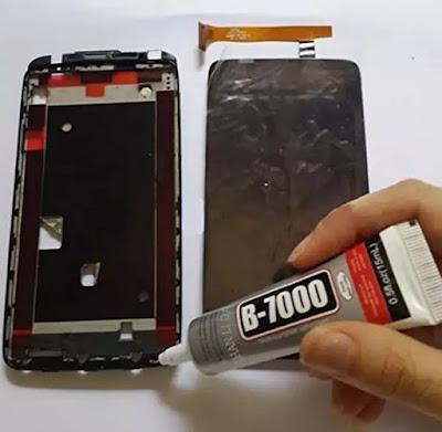 Langkah Memakai Lem Untuk Memasang LCD serta Touchscreen