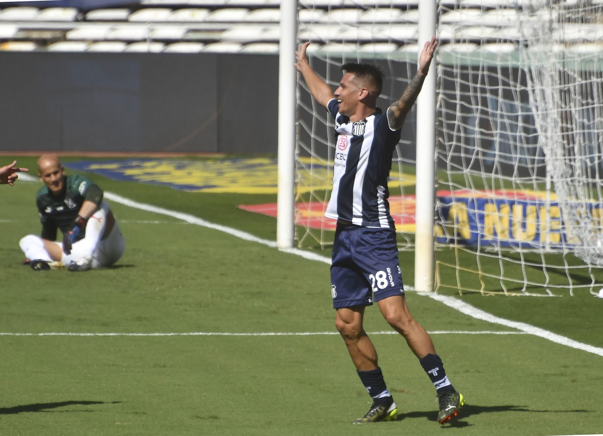 Independiente tuvo dos minutos fatales que lo condenaron a la derrota ante Talleres