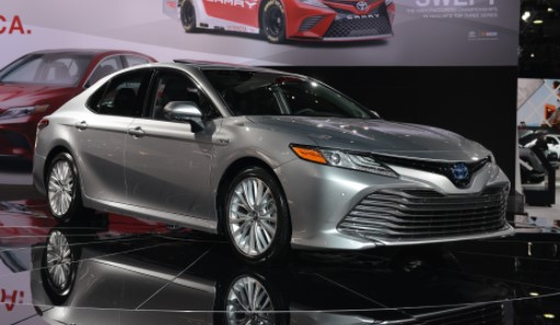 2019 Toyota Camry Hybrid Specs and Prices