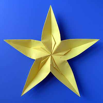 Origami, Stella convessa (retro) - Convex star (back) © by Francesco Guarnieri