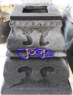 Umpak Rumah Joglo dari Batu Candi