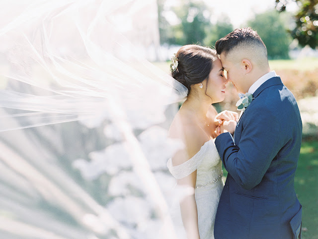 bride and groom at isleworth country club