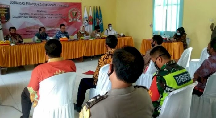 Waka I DPRD Lampung Sosialisasi Perda Rembuk Desa Di Pesawaran