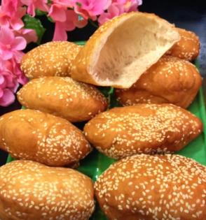 Vietnamese lunar new year snack- Banh Tieu