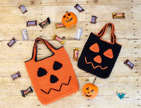 Crochet Jack O Lantern bags by Loops & Love Crochet