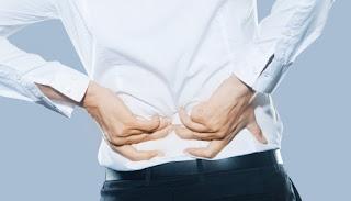 8 Kebiasaan Buruk Penyebab Nyeri Punggung