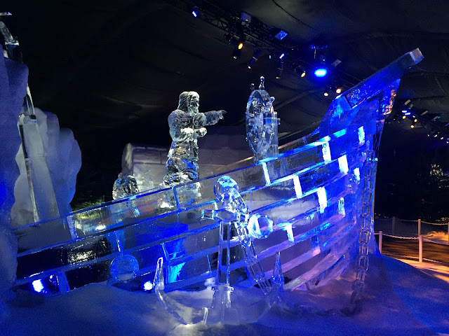 Ice sculpture at Winter Wonderland 2016