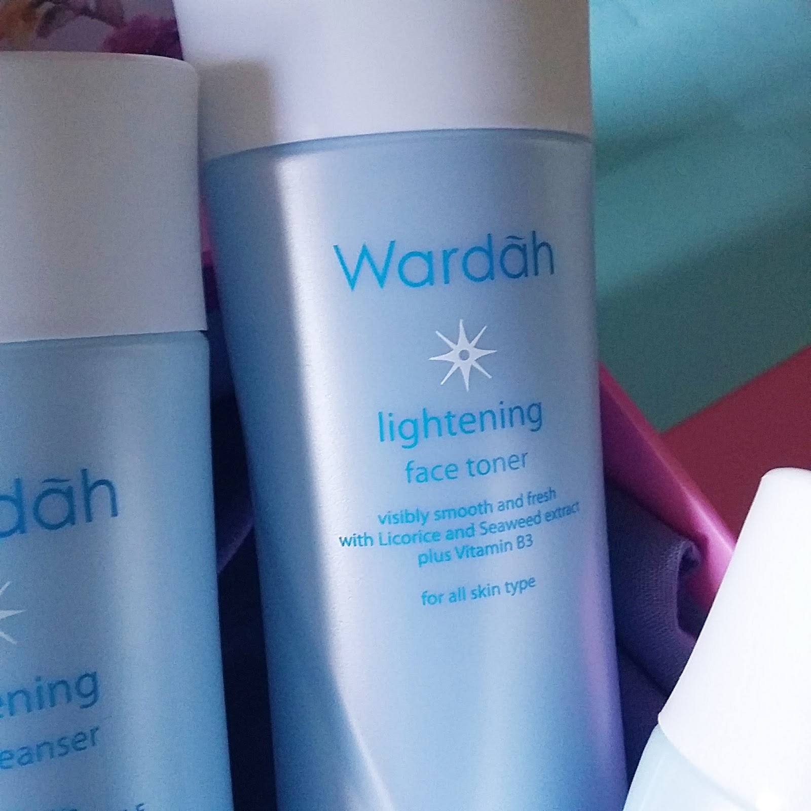 Desember 2016 Aghni Vani Wardah Lightening Face Toner