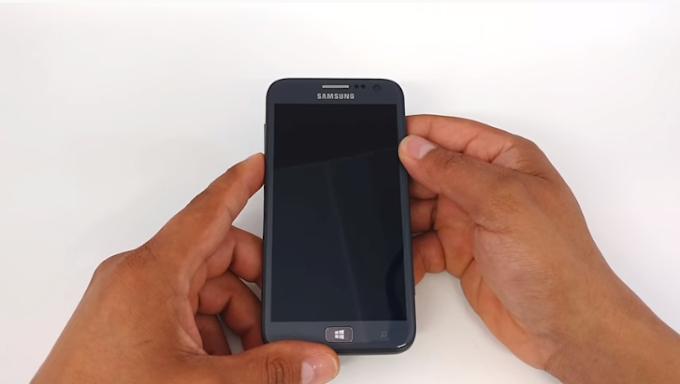 Aprenda como Formatar (Hard Reset) os aparelhos Samsung Ativ S GT-i8750.