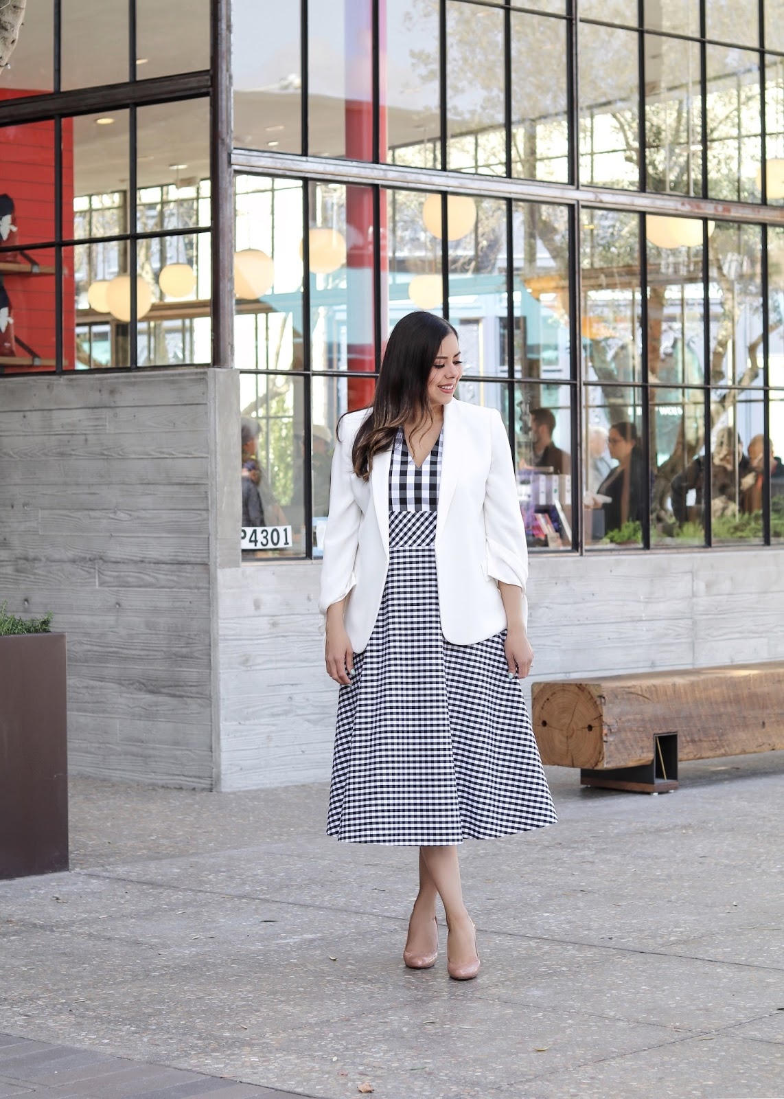 Elegant way to wear gingham, elegant youthful outfit, gingham for spring 2018