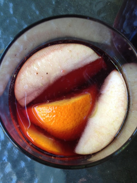 Budget Fairy Tale: Tasty Sangria Recipe with Frontera Wines