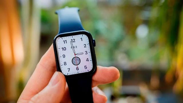 1. Apple Watch Series 6