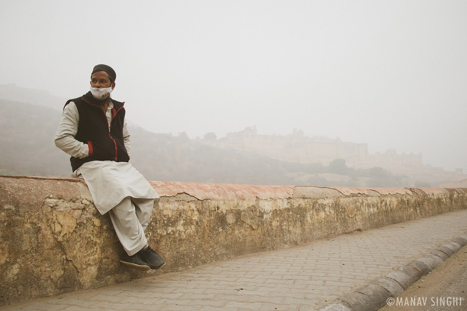 Foggy Winter Morning and Amer Fort in Background.