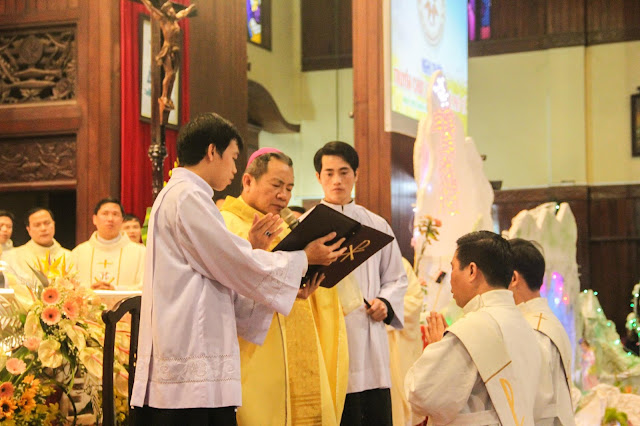 Lễ truyền chức Phó tế và Linh mục tại Giáo phận Lạng Sơn Cao Bằng 27.12.2017 - Ảnh minh hoạ 141