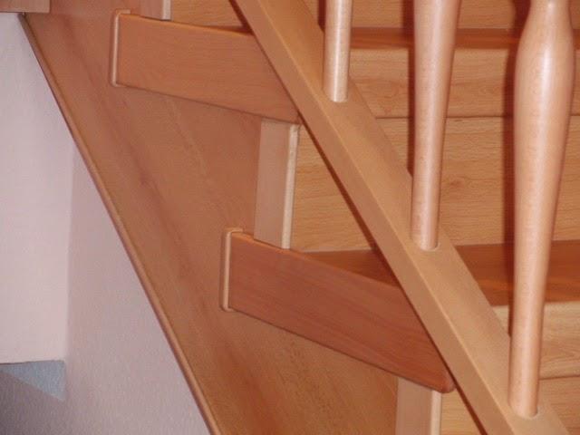 Treppenrenovierung - Wangenverkleidung - Buche mit Seitenkappen