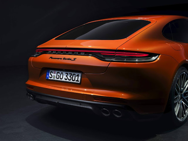 Novo Porsche Panamera 2021 - Turbo 4S