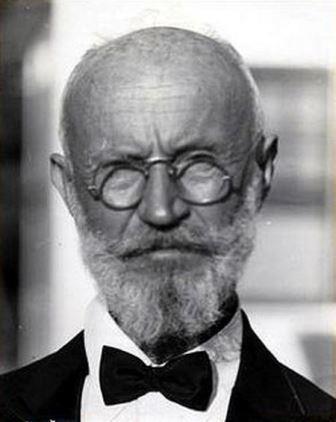 dokter Georg Karl Tänzler yang hidup bersama mayat selama 7 tahun