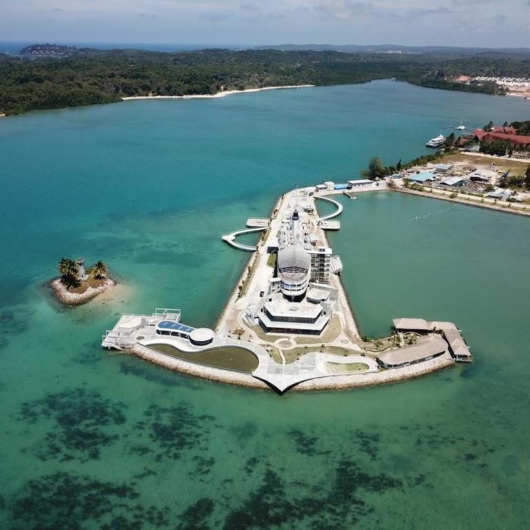 Doulos Phos Hotel yang Terbuat dari Kapal Tertua di Dunia ini Ada di Pulau Bintan
