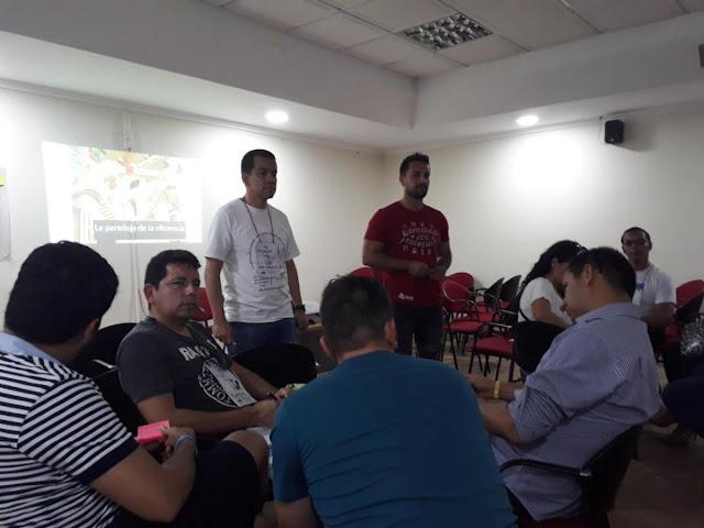 AgilesCo2018 - Alex Canizales y Javier Sanchez