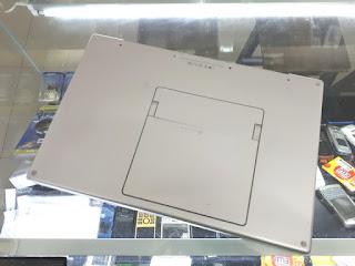 "Laptop MacBook Pro 2008 Core2 Duo 2.4GHz 17"" HDD 320GB RAM 4GB Seken"
