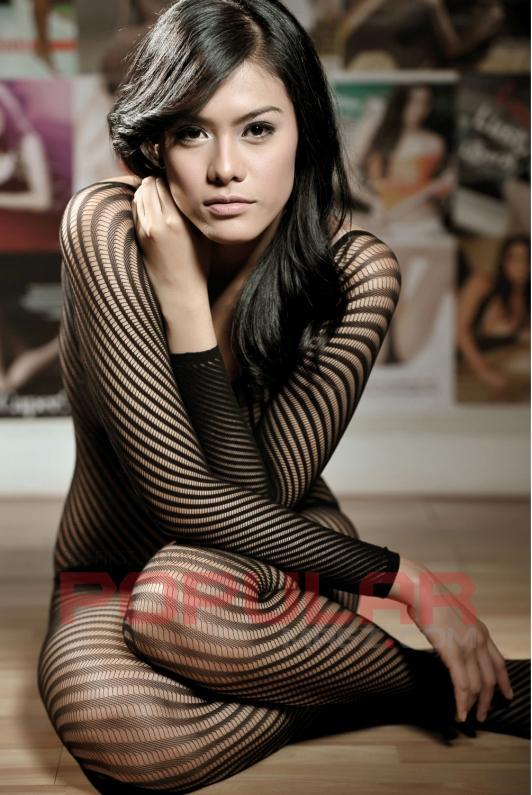 Foto ga Bugil Telanjang Artis Paling Seksi dan Cantik Aura