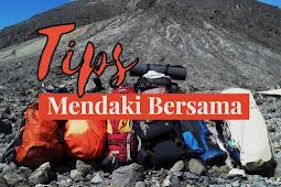 Tips Mendaki Gunung Secara Berkelompok