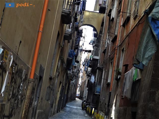 Centro Storico di Napoli, strade strette