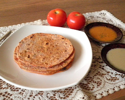 Tomato Roti Recipe @ treatntrick.blogspot.com